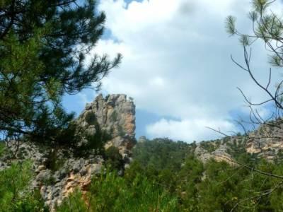 Río Escabas-Serranía Cuenca; senderismo merida parque natural de aracena bierzo rutas por las meri